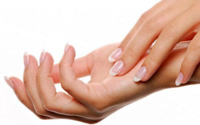 Perchè le mani delle donne sono più fredde in inverno?
