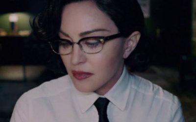 """Madonna: il video del singolo """"God Control"""" contro la violenza delle armi"""