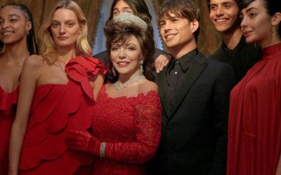 Joan Collins protagonista campagna Natale Valentino