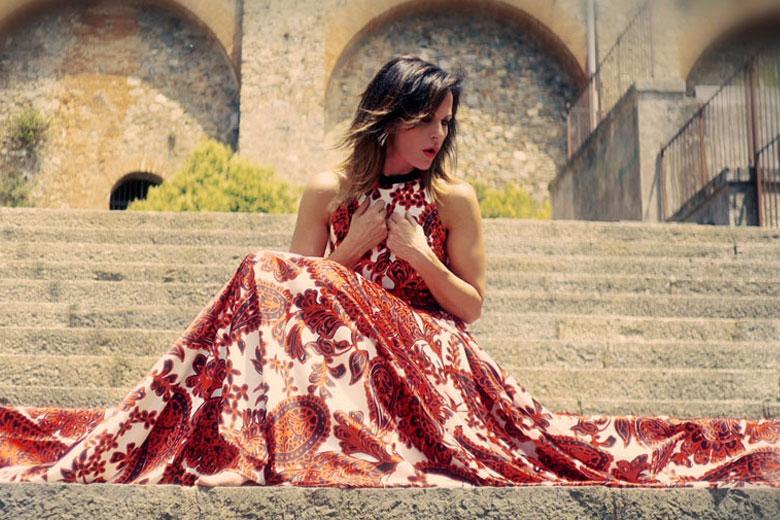 """""""L'estate vuole noi"""" il nuovo singolo di Antonella Bucci"""