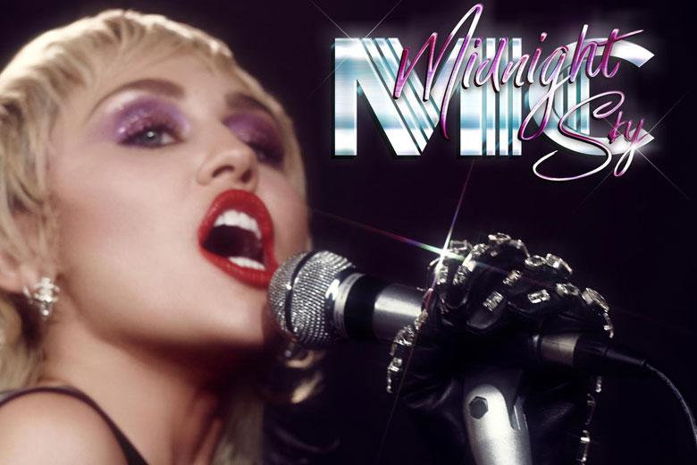 """Miley Cyrus è tornata. Da venerdì 28 agosto in radio il nuovo singolo """"Midnight Sky"""""""