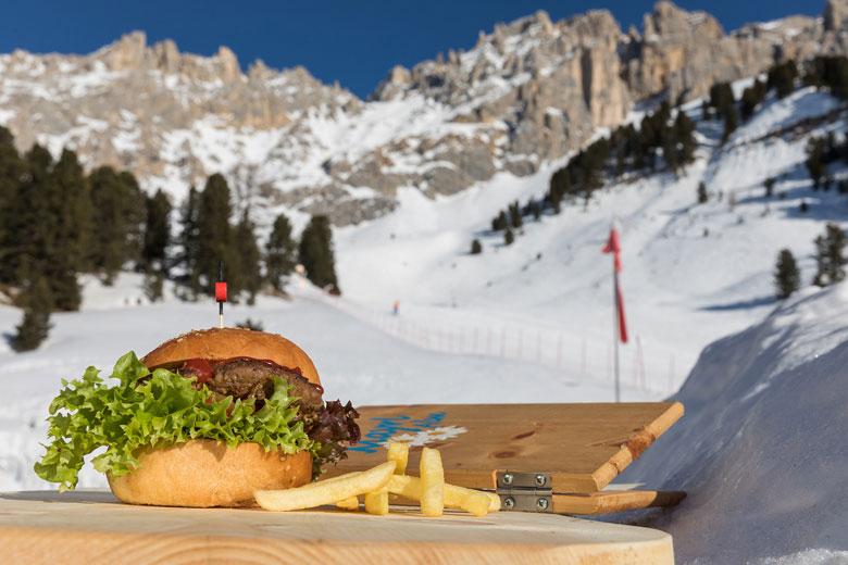 La neve della Val d'Ega è il regno di bambini e ragazzi