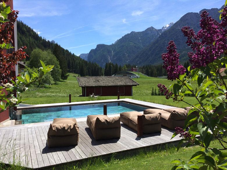 Le Dolomiti, viste dal wellness lodge romantico della Val Pusteria